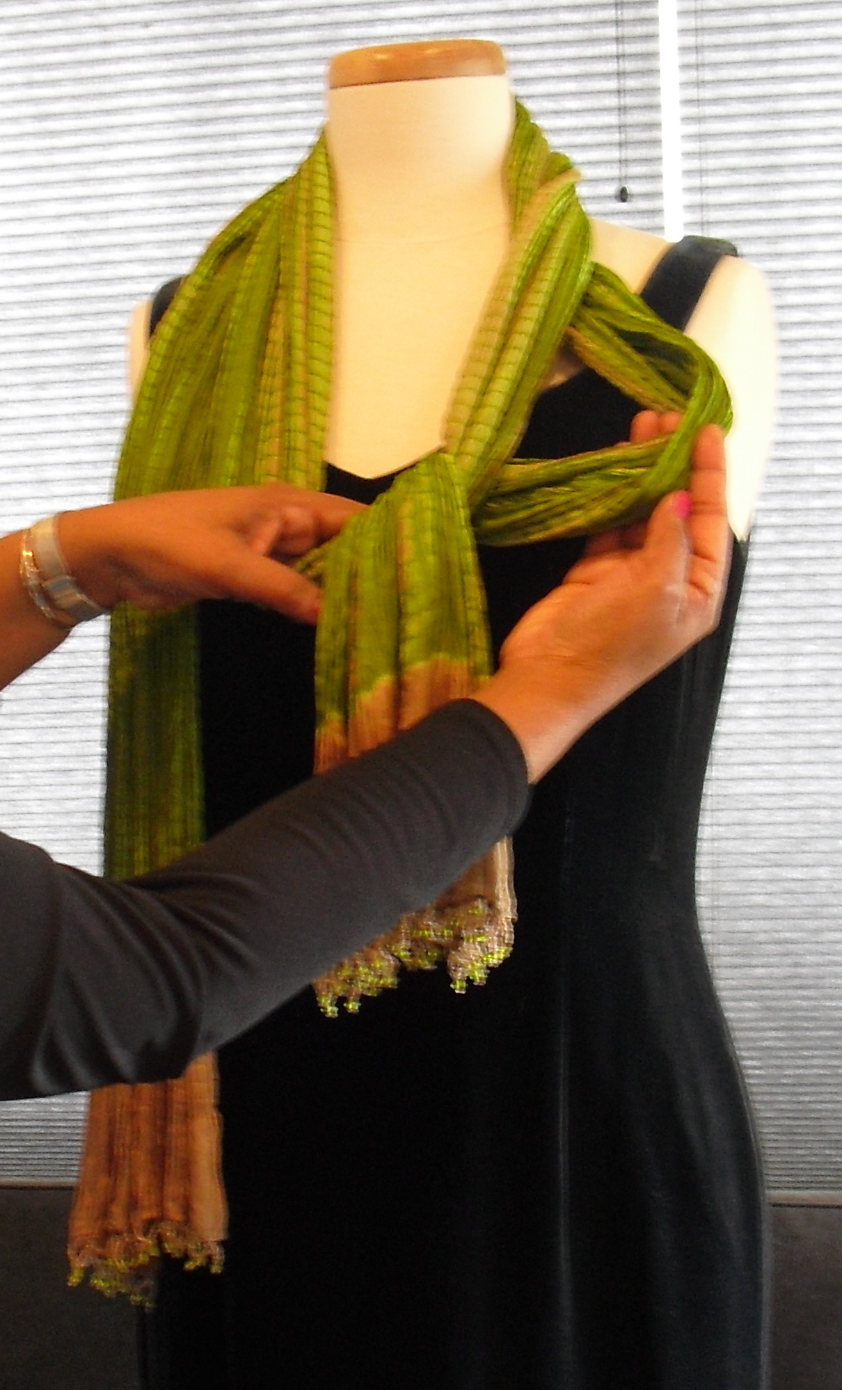 To acquire How to oblong wear silk scarf picture trends