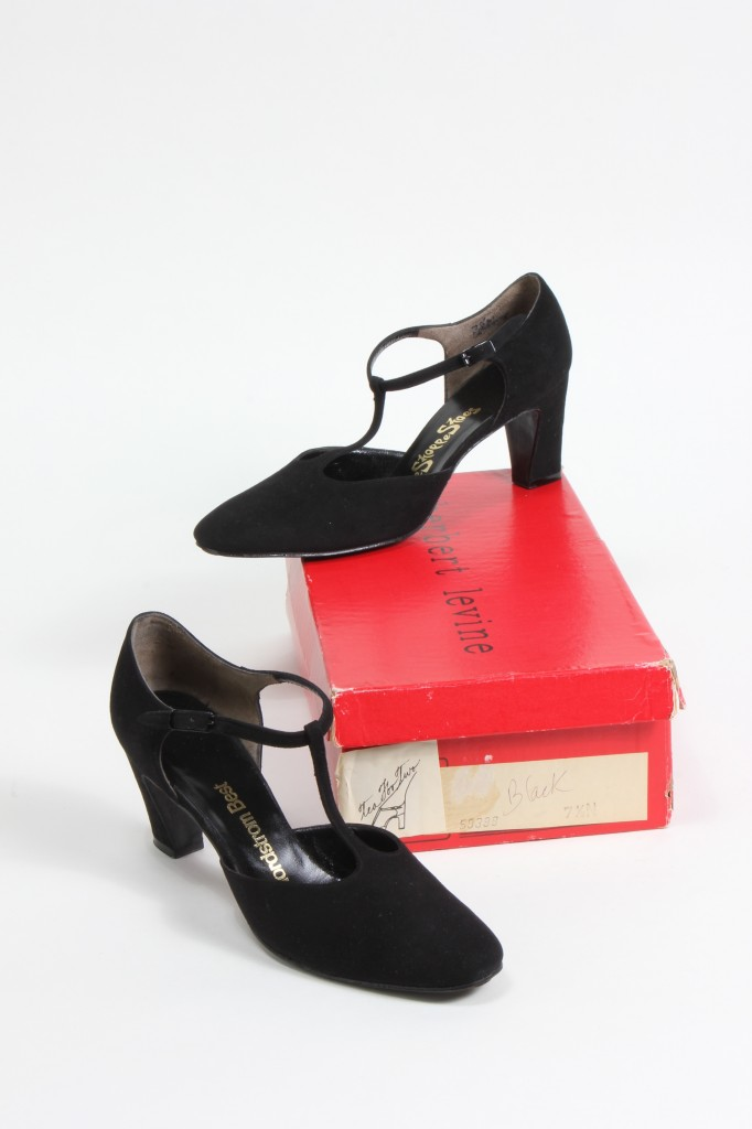 29ec69967765 Tea~for~Two T~Strap Pump by Beth Levine for Herbert Levine Shoes ~ Circa  1970
