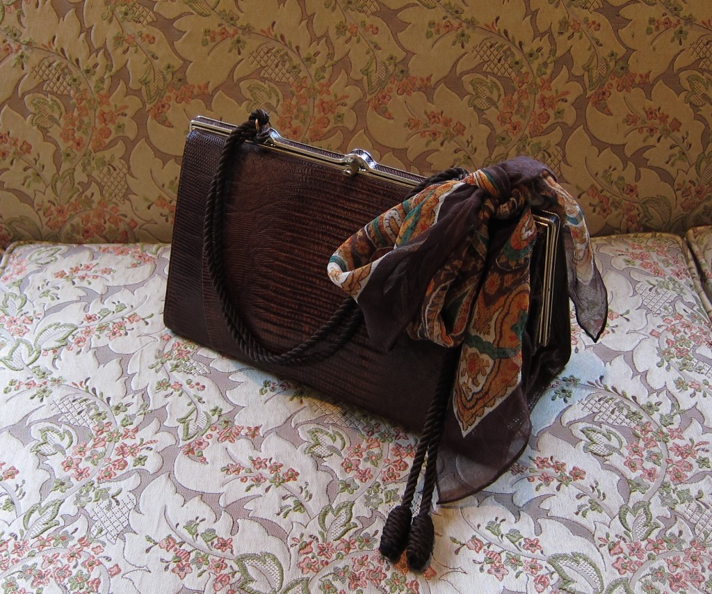 034578f1047c Vintage 50 s Snake Skin Bag With New Handle ...