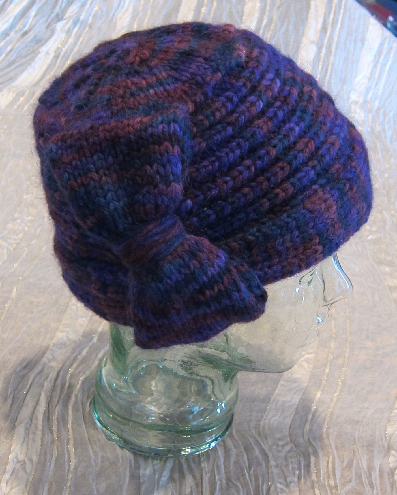 Edward Hopper Inspired Portrait Cloche Hat and Free Knitting Pattern ...
